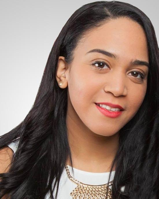 Adriana Cruz